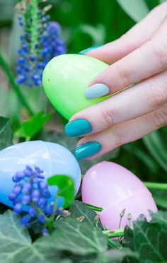 An Easter-ready mani