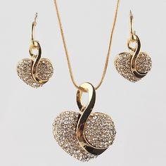 La moda de Nueva Marca Sistemas de La Joyería de La Vendimia Corazón Colgante Collar Chapado En Oro Pendientes Para Las Mujeres bijoux Regalo de la Joyería De La Boda