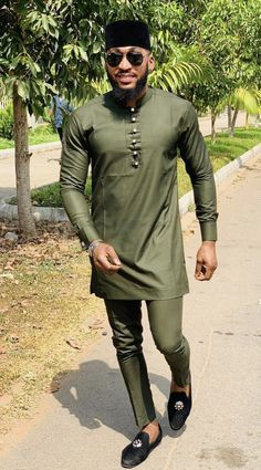 Senator styles usually come in dark colors- dark blue , dark red or deep wine. This, however does not mean that you cannot bring your personality into your senator outfit- feel free to play with any colours that come into your mind. African Wear Styles For Men, African Shirts For Men, African Dresses Men, African Attire For Men, African Clothing For Men, Latest African Fashion Dresses, Nigerian Men Fashion, Indian Men Fashion, Mens Fashion Suits