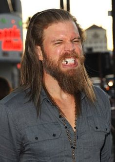 ryan hurst photo shoot