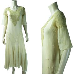 Gossamer vintage 1920's flesh-tone silk chiffon crepe and lace dress in the style of Vionnet features a flouncy ten-panel bias-cut skirt, an elegant