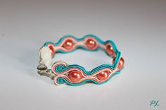 Bracciale soutache con perle color salmone by Paola Longo creazioni https://www.facebook.com/pages/Paola-Longo-creazioni/615398268566782?fref=photo