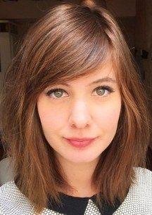 Whether bangs are heavy or wispy, long or cropped, they play an important role in your image formation, since they can model not only your hairstyle, but your face shape and look in whole. With all their versatility side bangs are very popular today. Any face shape can benefit from side bangs. You will only … #hairstyles Haircuts For Long Hair With Bangs, Haircuts For Round Face Shape, Side Bangs Hairstyles, Hairstyles For Round Faces, Cool Hairstyles, Pixie Haircuts, Office Hairstyles, Anime Hairstyles, Hairstyles Videos