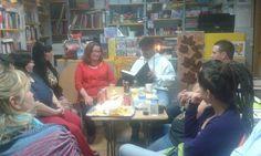 Durante las actividades del 23 de abril de 2015 en Capali celebrando el Día Internacional del Libro.