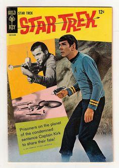 Star Trek Poster, Star Trek Tv, Star Trek Series, Star Wars, Vintage Comic Books, Vintage Comics, Vintage Tv, Vintage Artwork, Star Trex
