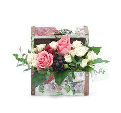Cutie vintage cu flori