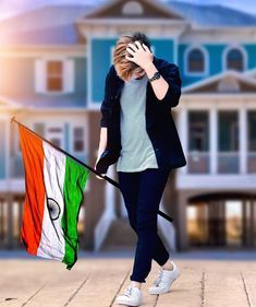 🔥🔥🇮🇳🇮🇳🇮🇳🔥🔥 Feel the pride of being the part of such a glorious nation. Here's sending my warm patriotic… Indian Flag Wallpaper, Indian Army Wallpapers, Cute Boys Images, Boy Images, Stylish Little Boys, Stylish Girl Pic, Boys Dressing Style, Indian Flag Images, Indian Pics