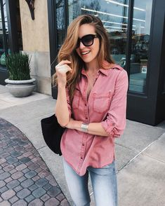 Casual date nights are my fave ? Headed for some spicy curry with my love. Casual Date Nights, Casual Summer Outfits, Classy Outfits, Chic Outfits, Trendy Outfits, Fashion Outfits, Jeans Fashion, Urban Fashion, Trendy Fashion