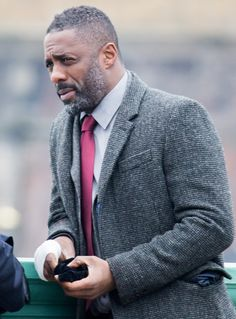Cele|bitchy | Idris Elba is in 'early talks' to play a Klingon villain in the new 'Star Trek'