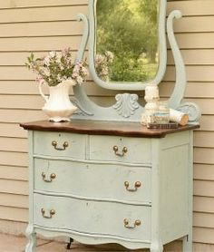 Dresser with serpentine drawers. Very pretty & I love the color and style! - July 27 2019 at Furniture Fix, Refurbished Furniture, Repurposed Furniture, Furniture Projects, Furniture Makeover, Antique Furniture, Furniture Websites, Furniture Refinishing, Kitchen Furniture