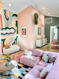 Colourful Living Room, Boho Living Room, Home And Living, Living Spaces, Dream Home Design, House Design, Aesthetic Room Decor, Loft Spaces, Art Deco
