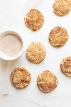 Snickerdoodles are a fragrant, soft and deliciously classic cookie. This Easy Snickerdoodle Cookie Recipe requires only seven ingredients and no refrigeration! If you're looking for a Soft Snickerdoodle Recipe, you're in the right place. Quick Cookies, Homemade Cookies, Yummy Cookies, Fall Cookie Recipes, Delicious Cookie Recipes, Cookie Ideas, Fall Recipes, Holiday Recipes, Chocolate Chip Shortbread Cookies