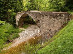 Νομός Τρικάλων - Νεραϊδοχώρι - Γεφύρι Νεραιδοχωρίου Τρικάλων (Χατζηπέτρου) - ρέμα Καμναϊτικο