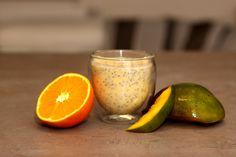 Toto oranžové chia smoothie Mango Pomeranč vás ihned přenese do tropického ráje.