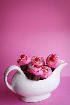 Valentine Cupcake Bites