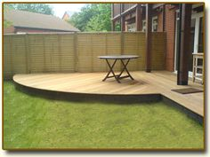 Example of simple Curved Decking Small Garden Design, Yard Design, Outdoor Seating, Outdoor Spaces, Outdoor Patios, Timber Deck, Curved Decking, Corner Deck, Garden Dividers