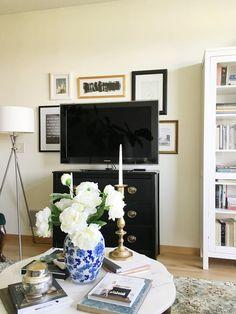 A Bright U0026 Pretty Minneapolis Loft U2014 House Call | Bedroom Apartment,  Minneapolis And Ceiling