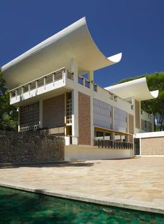 Fondation Maeght | Find it on Art Privée: http://www.artprivee.org/private-museums-and-foundations/europe/france/france/fondation-maeght/?utm_source=pinterest_medium=artchitecture_campaign=maeght