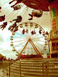 Carnival Rides ~ Love The Swing