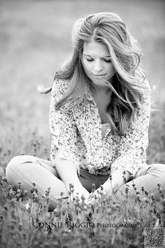 48. #Windblown - 64 Gorgeous #Senior Photo #Ideas You Have to See ... → #Inspiration #Interesting