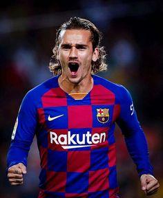 Antoine Griezmann, Lionel Messi, Messi And Neymar, Football Memes, Football Players, Fc Barcelona, Sergi Roberto, Jordi Alba, Ronaldo