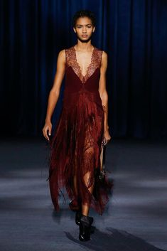 Givenchy Fall 2018 Ready-to-Wear Fashion Show Collection