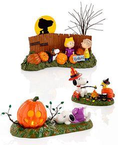 Charlie Brown Halloween, Great Pumpkin Charlie Brown, Peanuts Halloween, Fall Halloween, Snoopy Love, Snoopy And Woodstock, Halloween Village, Halloween Decorations, Christmas Villages