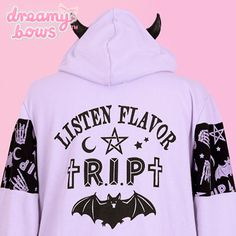 Listen Flavor RIP Bat Devil Horn Hoodie and Snood - Lavender at Dreamy Bows Pastel Goth Outfits, Pastel Goth Fashion, Kawaii Fashion, Kawaii Hoodie, Pastel Tops, Gothic, Goth Look, Kawaii Goth, Cool Outfits