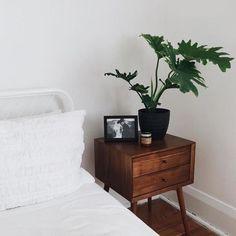 minimal modern decor - My Home My World Home Bedroom, Bedroom Decor, West Elm Bedroom, Decor Room, Minimalist Bedroom, Minimalist Nightstand, Dream Decor, Cheap Furniture, Furniture Buyers