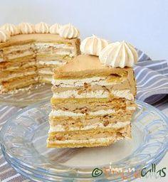 Tort Marchiza cu bezea si nuca Romanian Desserts, Romanian Food, Romanian Recipes, Cake Recipes, Dessert Recipes, Yummy Food, Tasty, Food Cakes, Vanilla Cake