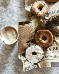 New York City Bagels - Food Photography & Food Styling Inspiration I Love Food, Good Food, Yummy Food, Gelato, Food Styling, Aesthetic Food, Food Pictures, Food Inspiration, Cravings