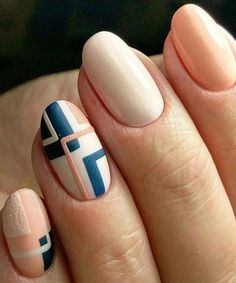 Unique and Creative Geometric Nail Designs For You. If you are looking for nail art designs and are still undecided then you are in the right place. We have put together unique ve beautiful geometric nail designs for you. Latest Nail Art, Trendy Nail Art, Cute Nail Art, Beautiful Nail Art, Easy Nail Art, Cute Nails, Gorgeous Nails, Pretty Art, Classy Nail Designs