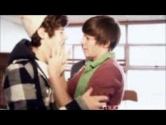 Not sure how I find these videos....Larry Stylinson + Titanic