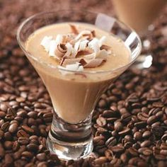 Espresso Panna Cotta Recipe -I got this idea after seeing different dessert presentations at various restaurants. The martini glasses make an elegant impression for such a luscious dessert. Panna Cotta, Flan, Mousse, Dessert Presentation, Coffee Varieties, Dessert Dishes, Dessert Table, Dessert Ideas, Blended Coffee