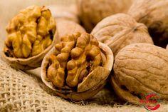 Superiore 10 Superfoods lotta Contro il Cancro 9. Le noci