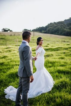 #accentuatehairandmakeup #accentuate #glossboss #glossbossgoto #MACPRO_SA #maccommunity #hellobosscommunity #southboundbride #durbansouthafrica #durbanite #durbanmakeupartist #durbanwedding #southafricawedding #weddingmakeupdurban #southafricanwedding #bridalmua #bridallook #bridalinspo #bridalmakeupartist #bridalhairandmakeup #bridalprep #bridalgoals #bridalblogger #bridalbeauty #bridalhairstyle #justengaged #bridalstyle #chooseday #indianwedding #makeupartistdurban Bridal Hair And Makeup, Bridal Beauty, Hair Makeup, Bridal Looks, Bridal Style, Durban South Africa, South African Weddings, Makeup Course, Just Engaged
