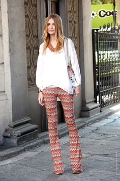Trendy Street Look Milano Fashion Week, New Fashion Trends, Retro Fashion, Womens Fashion, Gold Fashion, Street Style Summer, Street Look, Missoni, Mix Match Outfits