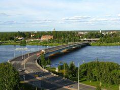 Blick auf die Autobahnbrücke in Tornio
