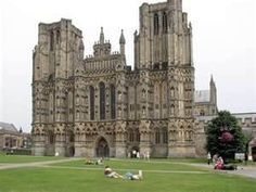 Wells english cathedral