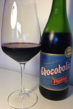 A Wine packed with Chocolate !?! Tasting CHOCOHOLIC Pinotage by Darling Cellars, South Africa