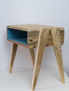 wooden bedside table nightstand in wood reclaimed wood bedside table nightstand style scandinavian vintage style bedside table 2 – Wood Design - Modern Wooden Bedside Table, Wood Nightstand, Bedside Table Ideas Diy, Wooden Table Diy, Wood Table, Diy Furniture Table, Pallet Furniture, Handmade Wood Furniture, Furniture Design