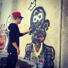 Justin Bieber is the New Elvis Presley – He Hates Black People But Loves Their Money #JustinBieber #racist