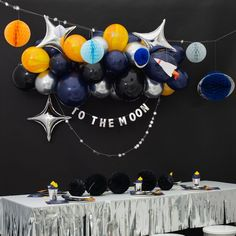 Get ready for galaxy party balloon decoration ideas that would leave your speechless. Filled with colors and a theme of galaxy balloon joyrides, you do not want to miss these ideas for your next galaxy-themed birthday party decorations. 2nd Birthday Party Themes, Boy First Birthday, First Birthday Parties, First Birthdays, Birthday Ideas, Galaxy Balloons, Bubblegum Balloons, Balloon Decorations Party, Birthday Party Decorations