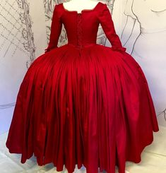 Costume Dress, Cosplay Costumes, A Boutique, Fashion Boutique, Terry Dresbach, 18th Century Dress, Court Dresses, Gala Dresses, Period Outfit
