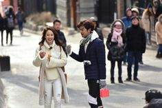 Song Ji Hyo and Chen Bolin in We Are In Love
