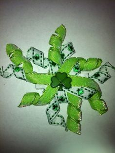 St Patricks Day Korker Bow Clip by Brooklynsbowsandsuch on Etsy, $4.00
