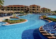 Moon Palace Golf & Spa Resort is a beautiful 5 star hotel located in Cancun, Mexico. Cancun Mexico Resorts, Cancun All Inclusive, Vacation Places, Dream Vacations, Vacation Spots, Vacation Ideas, Honeymoon Places, Vacation Destinations, Punta Cana