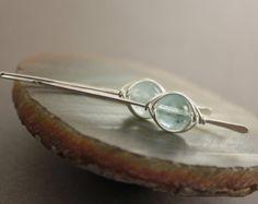 Água-marinha azul pálido brincos de prata em design gancho quadrado com espinha de peixe envolto pedras - Aquamarine brincos