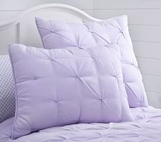 Pottery Barn Kids offers kids & baby furniture, bedding and toys designed to delight and inspire. Create or shop a baby registry to find the perfect present. Teen Bedroom, Bedroom Decor, Baby Bedding Sets, Big Girl Rooms, Quilt Bedding, Baby Furniture, Bed Pillows, Duvet Covers, Design
