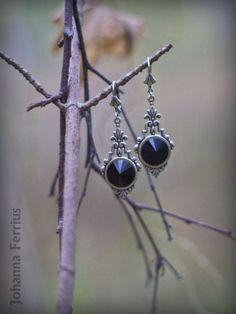 Black Gothic Victorian Elegant Silver Dangle от JohannaFerrius, $34.99